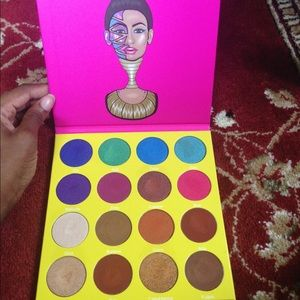 The Masquerade by Juvia's Place eyeshadow palette